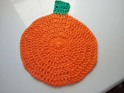 Crochet pumpkin dishcloth