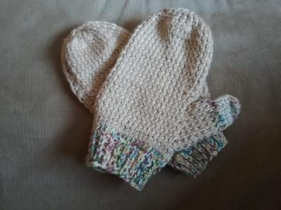 Knitted Ladies Mitts